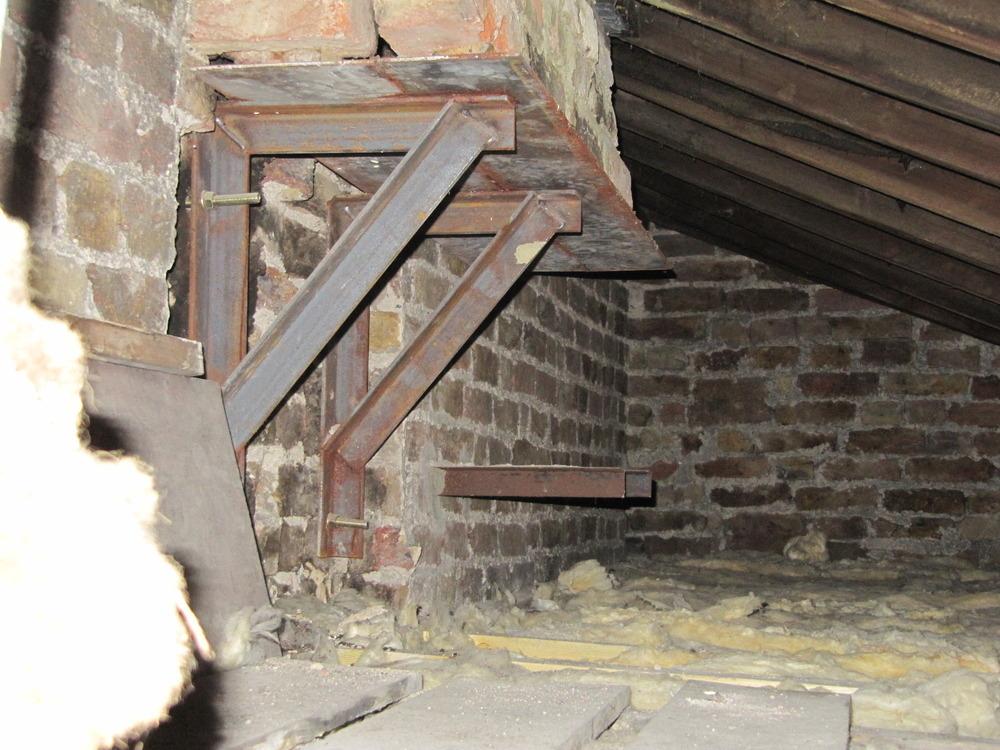 New Gallows Bracket chimney installation - Chimneys ... Hornsey