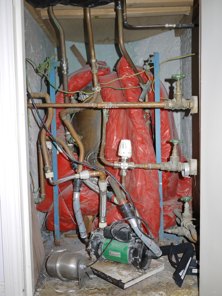 Change Water Tank And Tidy Old Pipe Work Plumbing Job In