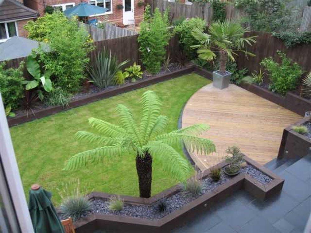 Small garden makeover new fences paving sleepers for Garden design job vacancies london