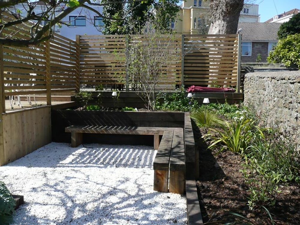 Small Garden Makeover New Fences Paving Amp Sleepers