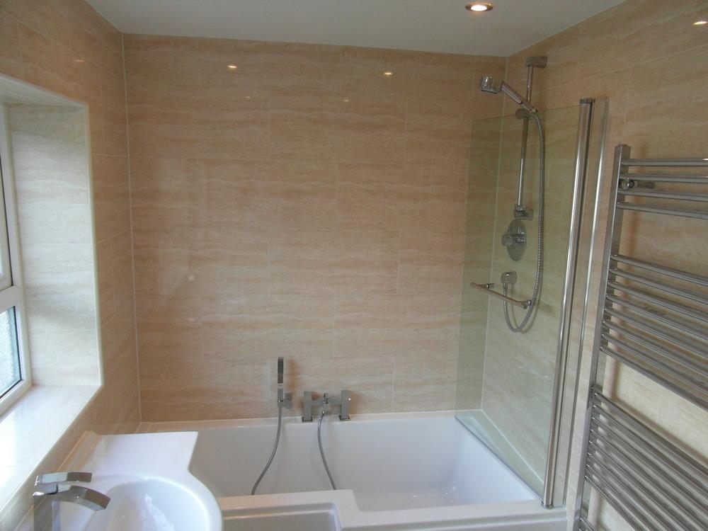 GREAT DESIGNS 100 Feedback Bathroom Fitter Tiler