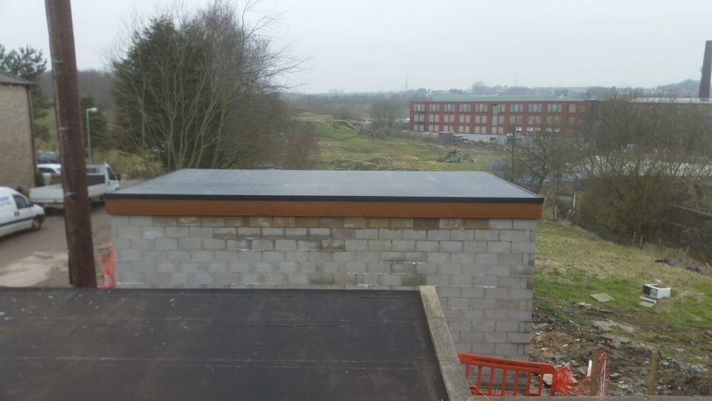 Metcalfe Amp Jones Roofing And Building Pitched Roofer