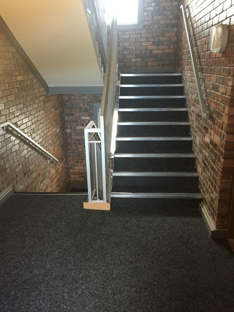 pt flooring scotland ltd   100  feedback  flooring fitter