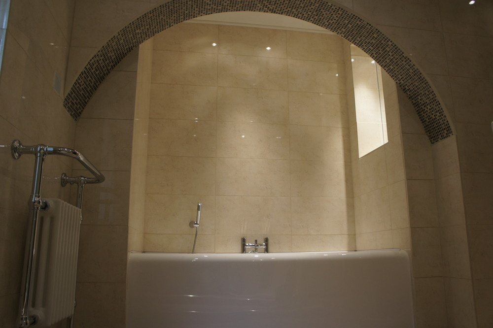Pembroke bathrooms 100 feedback bathroom fitter tiler for Bathroom design qualification