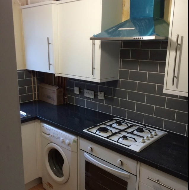 Painter And Decorator Prices >> Laurence Hucker: 100% Feedback, Tiler, Painter & Decorator, Kitchen Fitter in Swindon