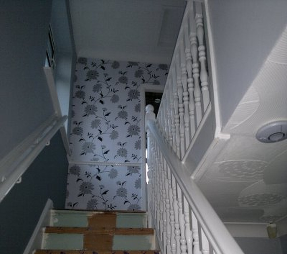 Mwh homecare services 100 feedback painter decorator - How to wallpaper stairs and landing ...