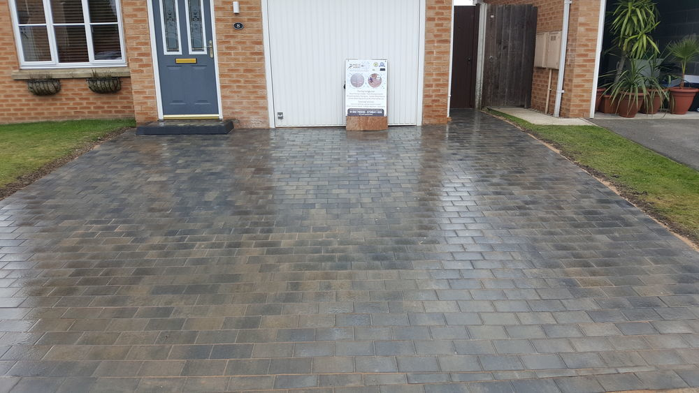 Blast It Away 100 Feedback Driveway Paver In Doncaster