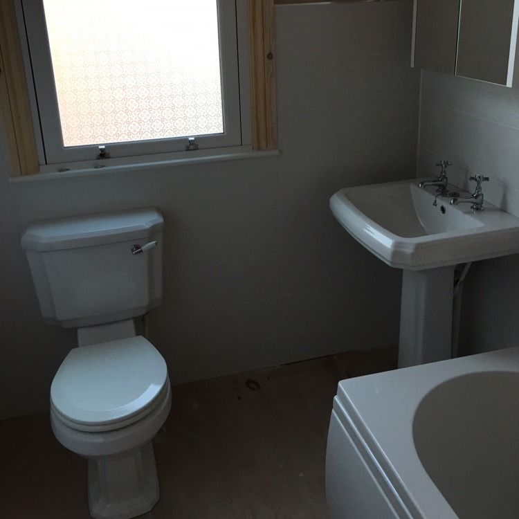 GmG projects: 100% Feedback, Bathroom Fitter, Kitchen ...