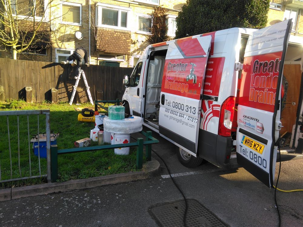 London Drainage Services: Greater London Drainage Ltd.: 99% Feedback, Plumber In