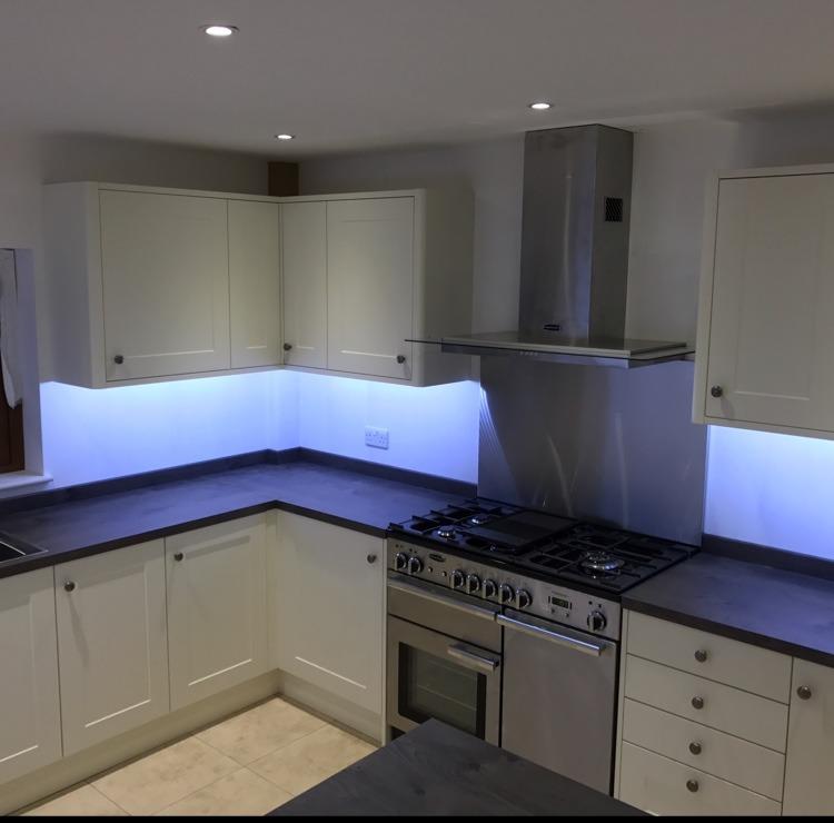 MKS Kitchen Installations: 100% Feedback, Kitchen Fitter