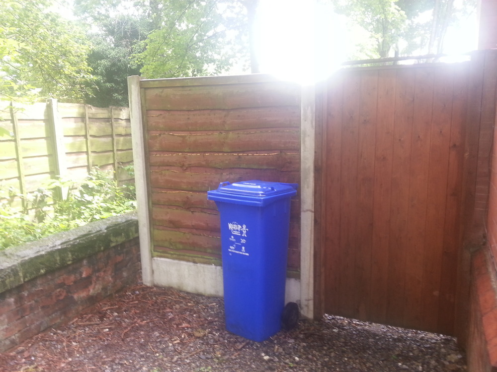 Installing a gate landscape gardening job in manchester for Gardening jobs manchester