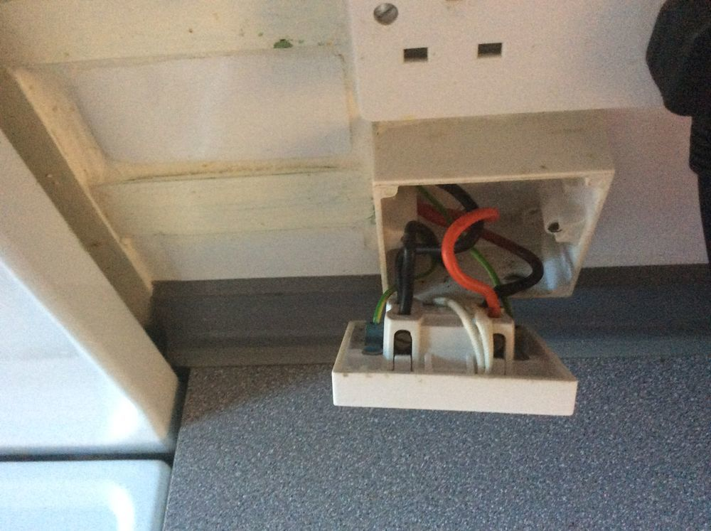 Gas Cooker Fuse Keeps Tripping - Electrical Job In Rochester  Kent