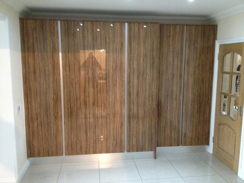 M huntley developments ltd 100 feedback restoration for Wood effect kitchen units