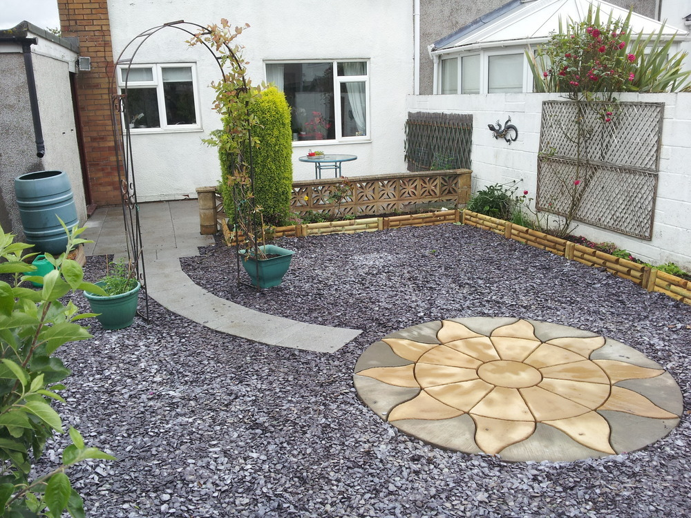 L d plastering and property development 100 feedback for Low maintenance lawn design