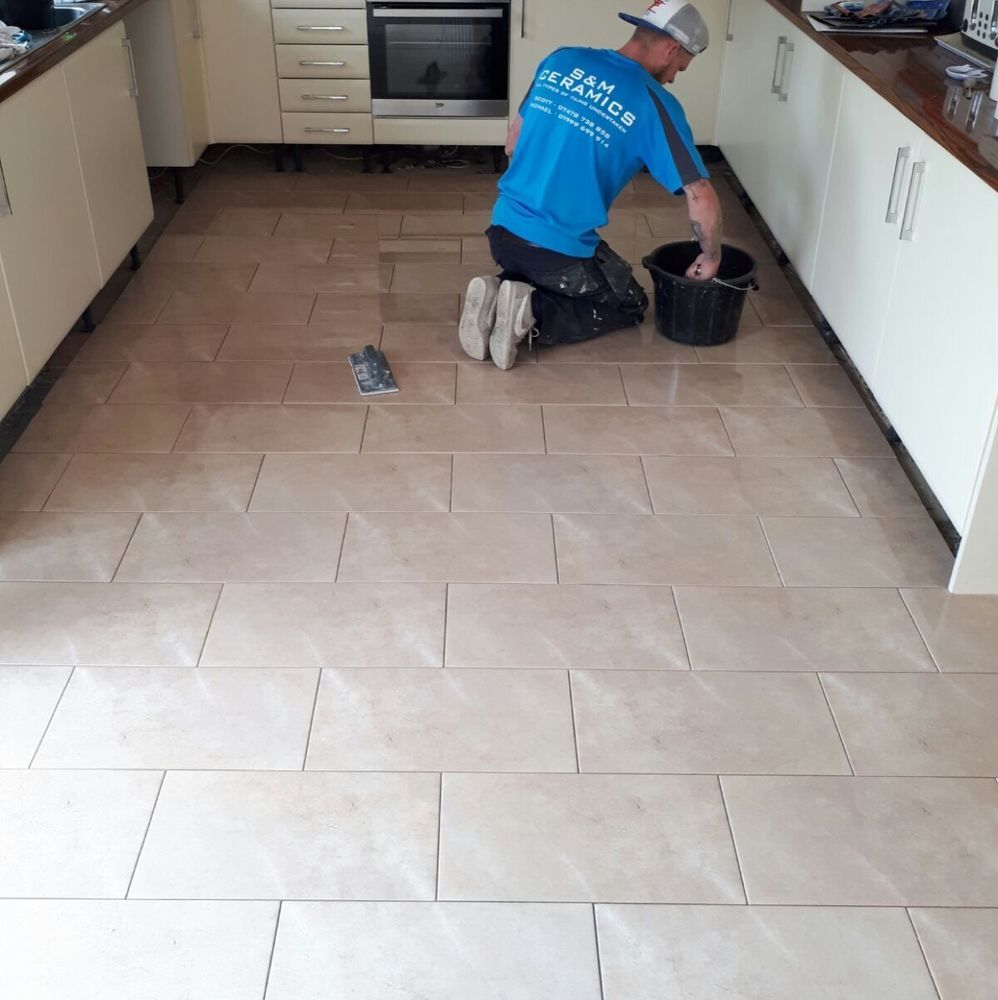 SCW Ceramics: 100% Feedback, Tiler in Kirkcaldy