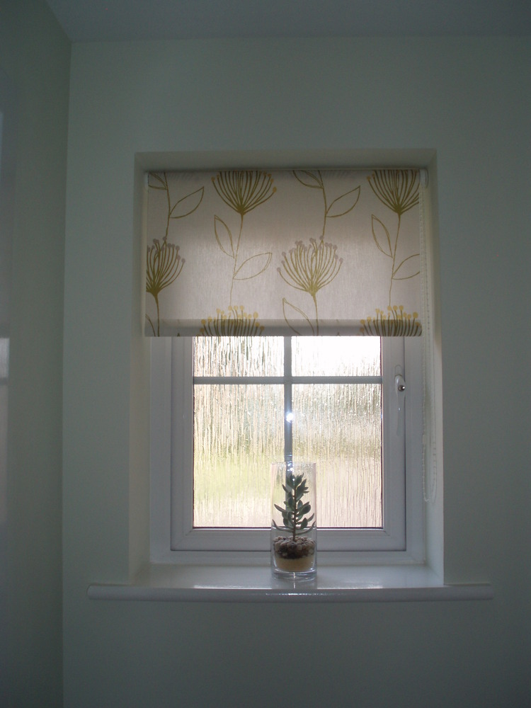 Crispin wilkinson 97 feedback handyman in erith for Blinds outside recess