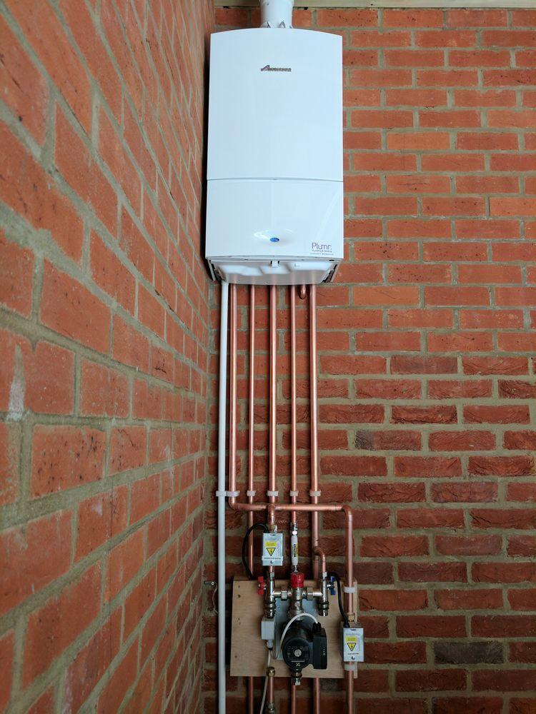 Plumr Ltd 99 Feedback Gas Engineer Heating Engineer