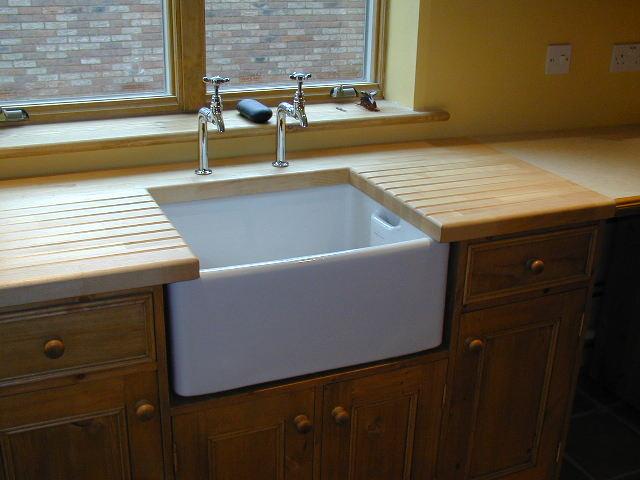 Kitchen worktop routingcutting for belfast sink carpentry photographs workwithnaturefo