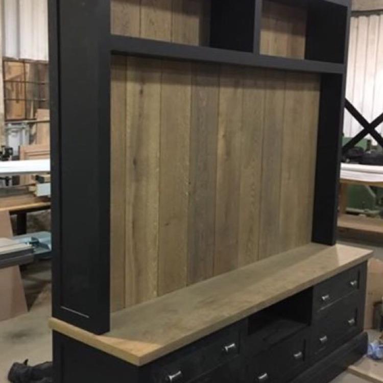 Bellini Manufacturing: 100% Feedback, Carpenter & Joiner