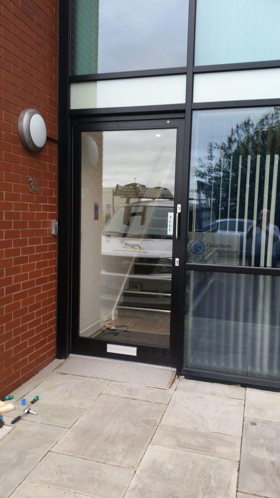 As Locks And Services 100 Feedback Locksmith Window