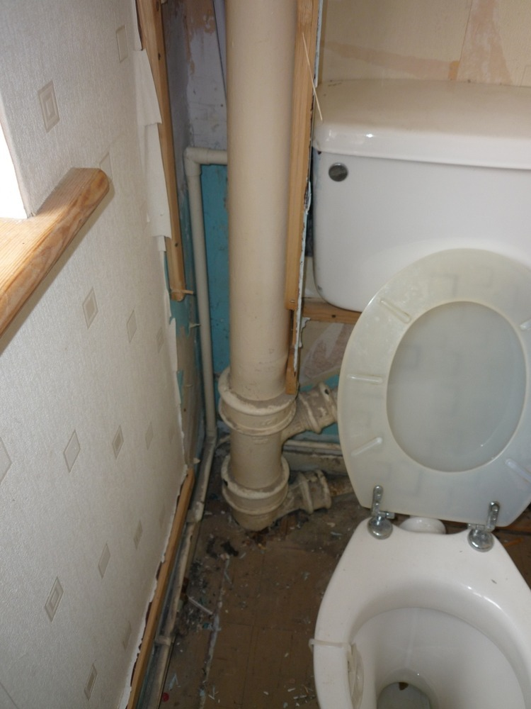 Full Bathroom Refurbishment With Soil Pipe Mods Bathroom