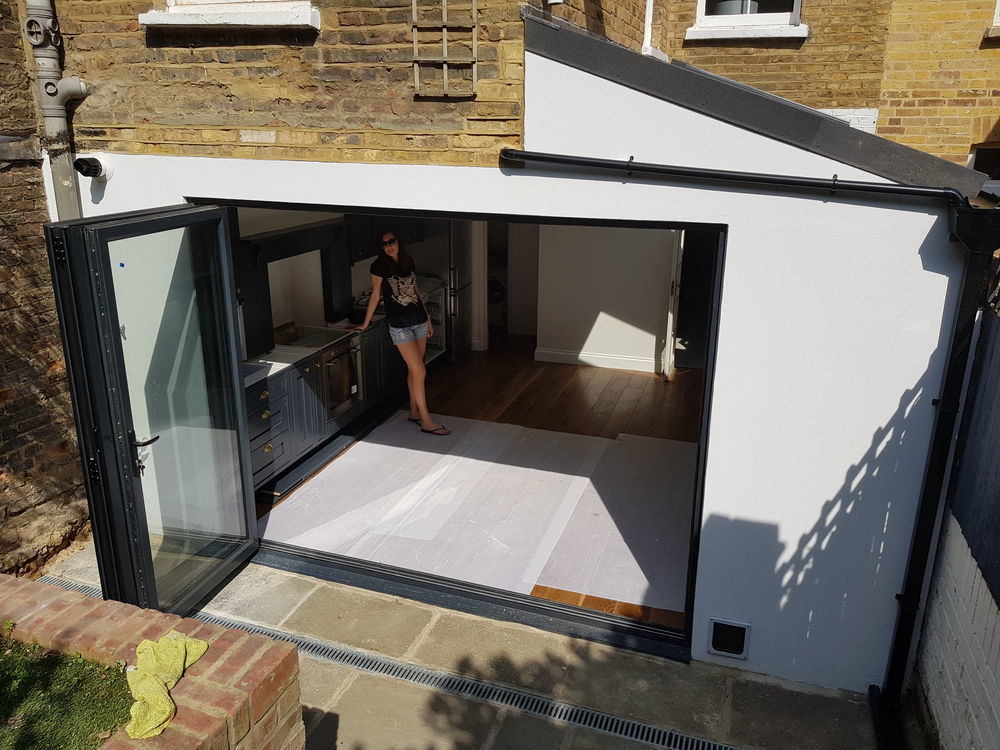 Electricians In My Area >> 5 Star Modular Extensions: 90% Feedback, Extension Builder in London