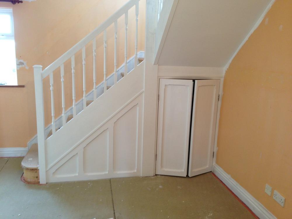 Lighting Basement Washroom Stairs: Matt Tibbles UPVC & Carpentry: 100% Feedback, Carpenter