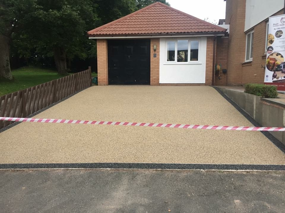 Jewsons Block Paving >> Resin Colour Stone Driveways: 100% Feedback, Driveway Paver, Groundworker in Rhyl