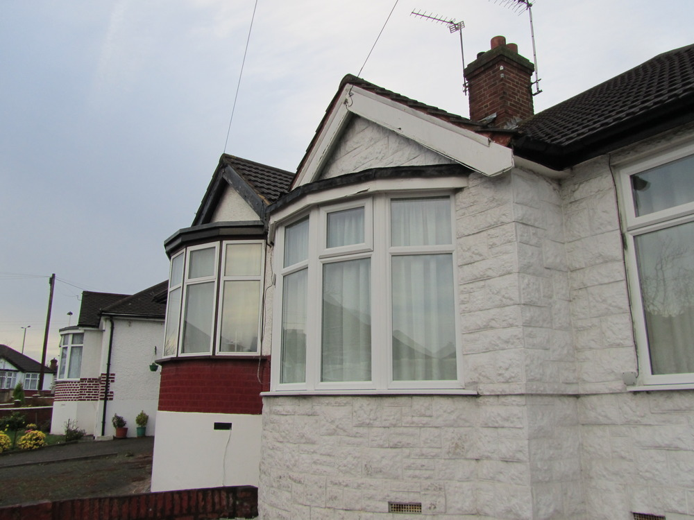 Mould on roof of bay window may indicate leak roofing for 1930s bay window construction