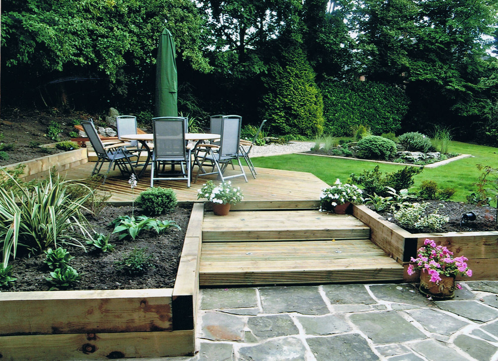 Collins garden services 100 feedback landscape gardener for Gardening and landscaping services