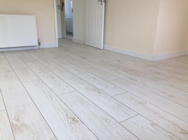 Sd Flooring 100 Feedback Flooring Fitter In Dudley
