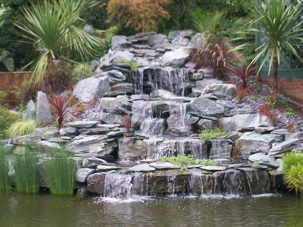 Ponds by design 91 feedback landscape gardener in for Pond features