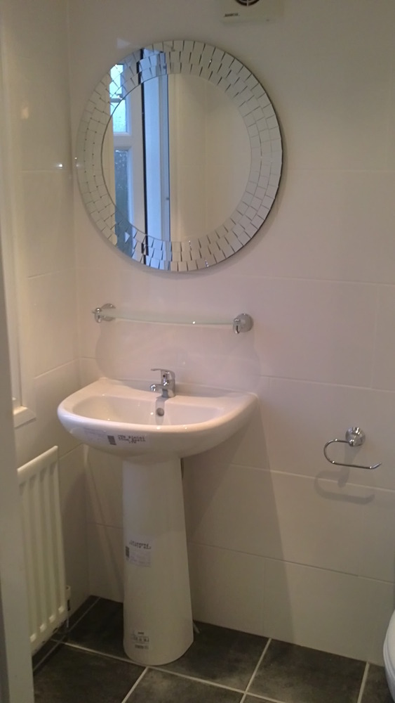 Perfect fit 96 feedback bathroom fitter in liverpool for Bathroom builders liverpool