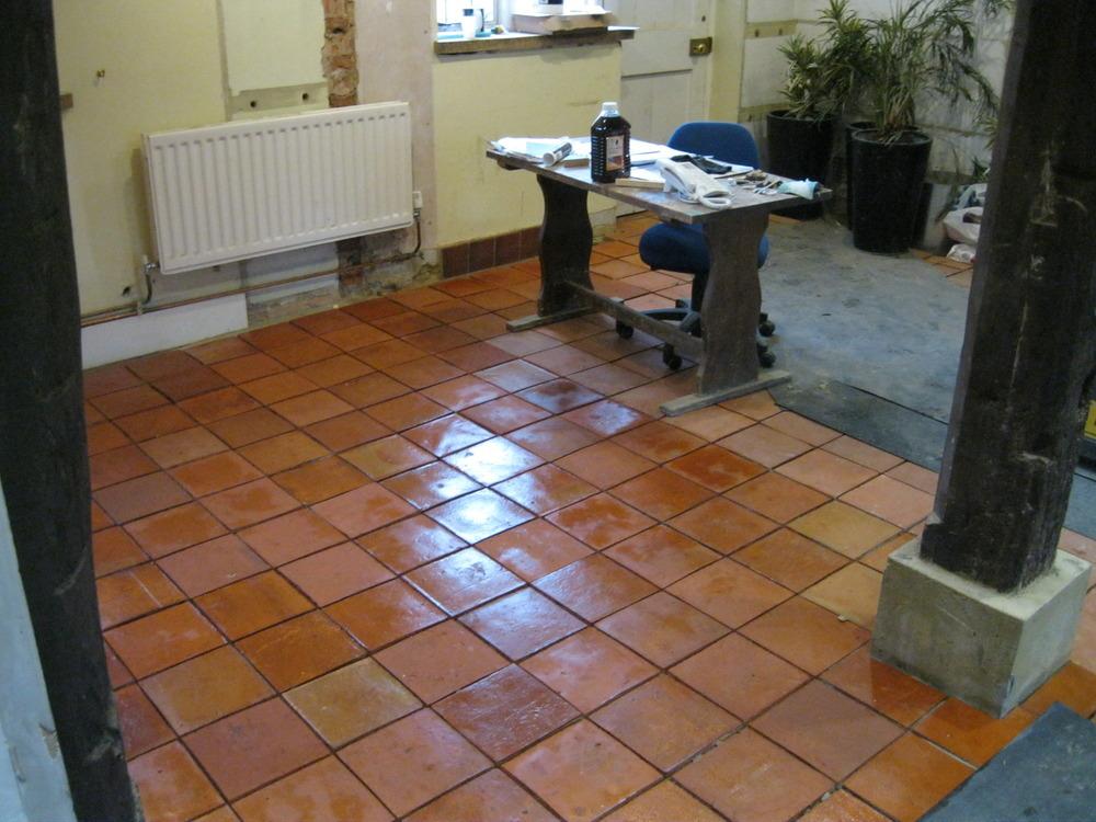Arundel tiling services 100 feedback tiler in arundel for 100 floors 17th floor