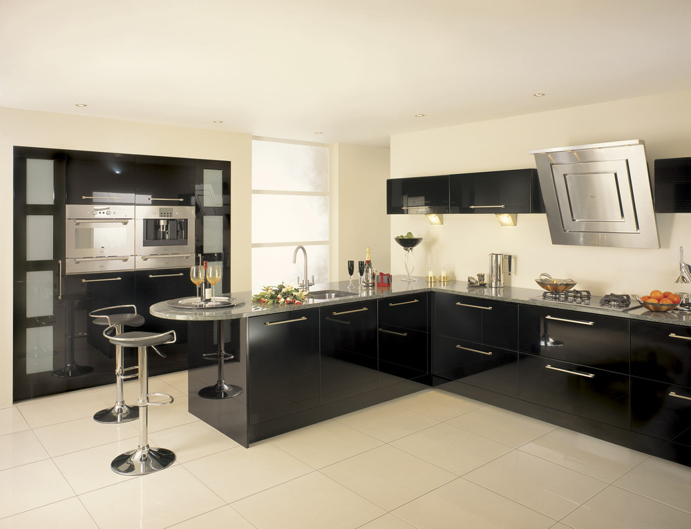 Brian clark home improvements 100 feedback kitchen for Black kitchen carcasses
