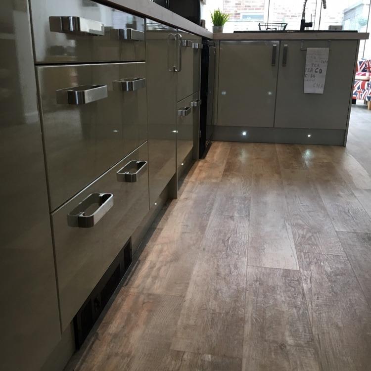 Kitchen Design Sussex: Flanders Kitchens And Bathrooms: Bathroom Fitter, Kitchen
