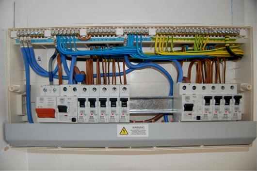 S C Electrical Amp Construction 100 Feedback Electrician