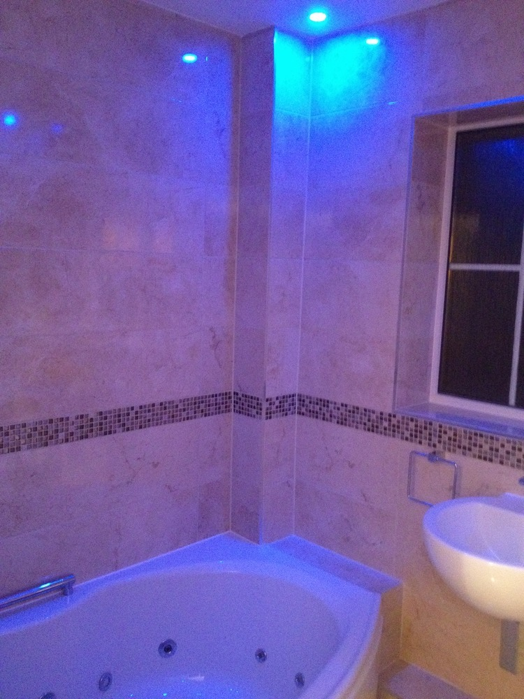Extreme Cribs Ltd: 100% Feedback, Bathroom Fitter in Slough