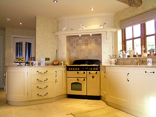 Taylor Ashley Cabinetworks Ltd 100 Feedback Kitchen