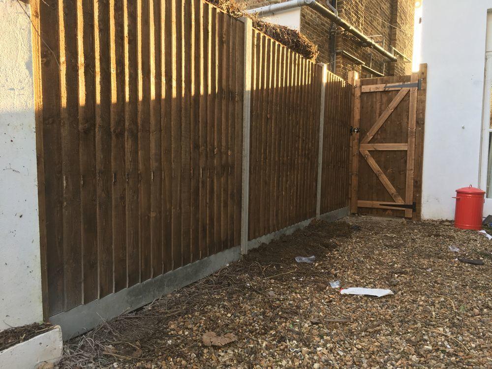 L S H Projects 100 Feedback Gardener Decking