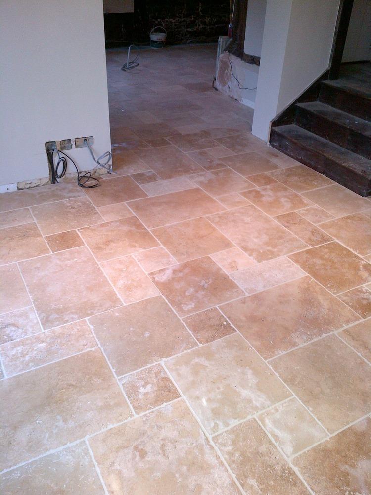 Sevenoaks Ceramics Ltd 100 Feedback Tiler In Sevenoaks